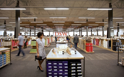 DSW to open 40 stores in Middle East beginning in 2017