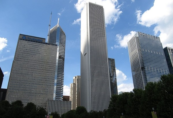 Large 1024px aon center chicago illinois