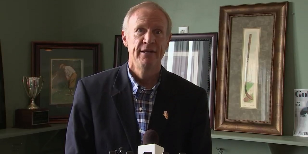 Illinois Republican Gov. Bruce Rauner speaking during a Chamber of Commerce gathering.