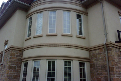 Stucco has a great look, but is also a very practical option for homeowners.