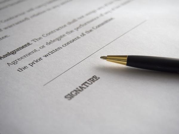 Large agreementsignature