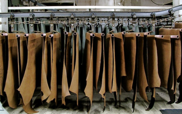 Abu Dhabi's Al Khaznah Tannery headlines at Leatherworld Middle East trade show.