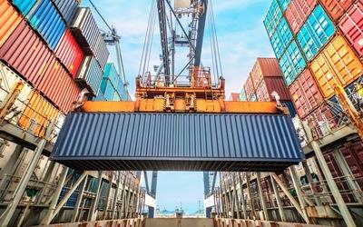 Cargotec's Kalmar receives sizable port equipment order.