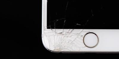 Gadget Rehab can treat a phone's cracked screen.