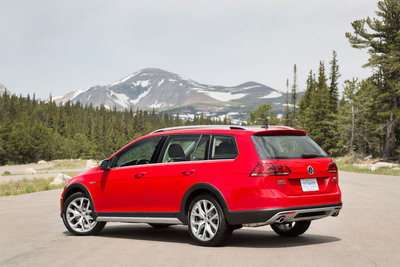 The Alltrack's slight increase in ride height is exaggerated by black wheel-arch trim, other wise the Alltrack is mostly Golf Sportwagen