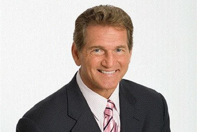 Joe Theismann will speak on Saturday, explaining how to win in business in the same way that he won in football.