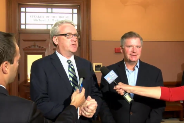 House Minority Leader Jim Durkin (R-Western Springs), left, and Senate Minority Leader Bill Brady (R-Bloomington)