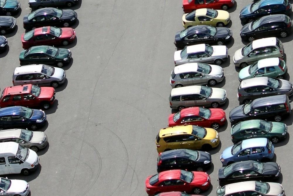 CarMax opens 35-acre facility in Murrieta, California ...