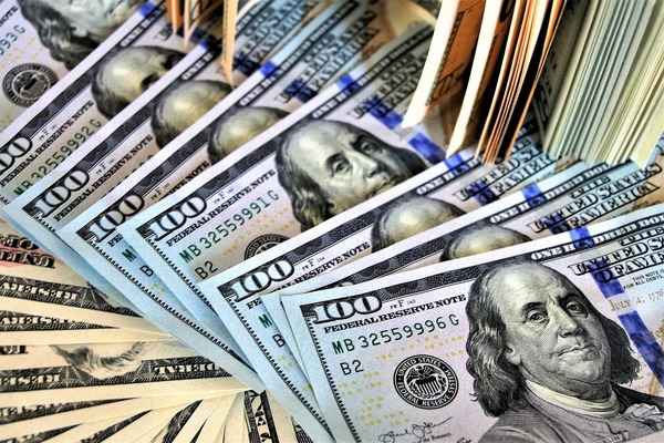 Large money100bills