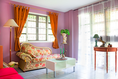 Chinoiserie designs have been a popular Asian element for centuries.