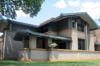 Medium dana thomas house