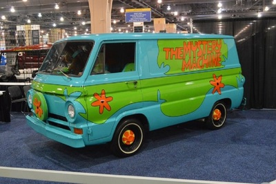 Featured Hollywood Rides will include the Scooby-Doo Mystery Machine.