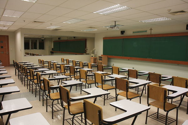 Large classroom2
