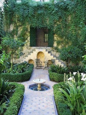 A moresque garden is a retreat from the outside world.
