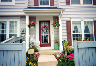 The right colors can spruce up home's landscape.