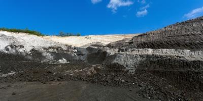 Medium coal 03
