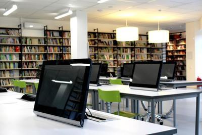 Medium librarycomputers 1000x667