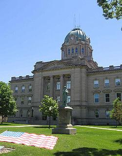 Medium kankakee county courthouse
