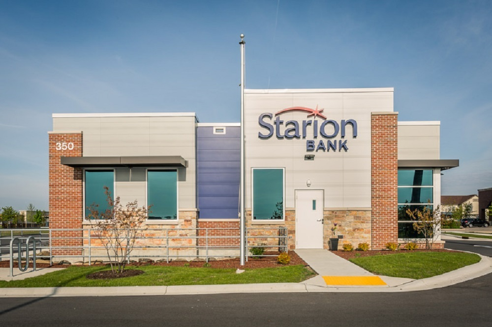 Breanna Hutchinson joined Starion Bank in 2011