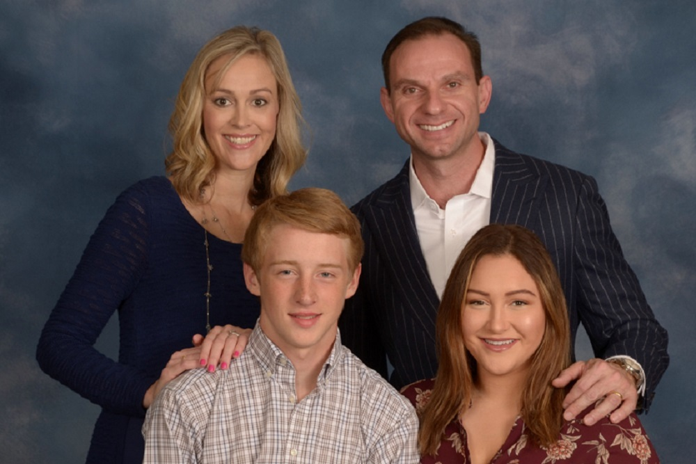 Illinois 55th State House District Candidate Marilyn Smolenski with her family.