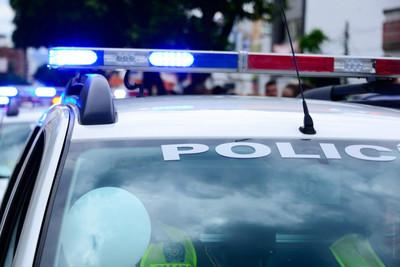 Medium police car 1000