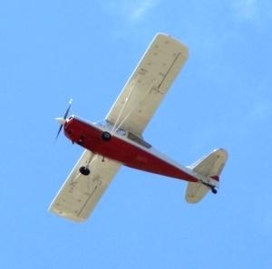 Medium airplane