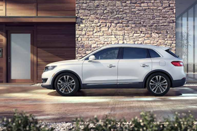 This crossover has extra space for cargo or passengers.