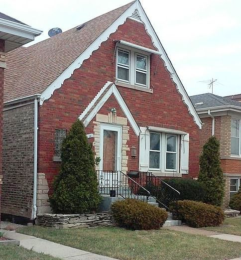 The house located at 5214 W. 55th St. in Garfield Ridge, currently offered at $224K, had a 2016 property tax bill of $2,647.