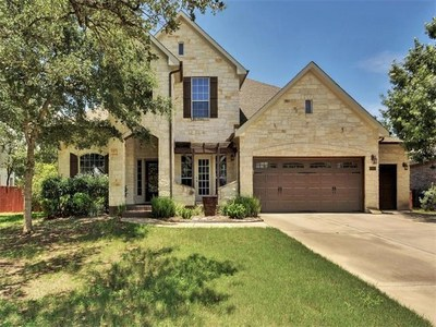 This beautiful home sits on a quiet cul-de-sac in Meridian.
