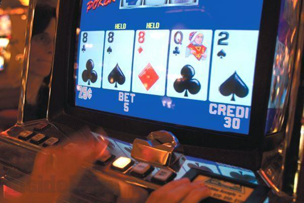 Large video poker1