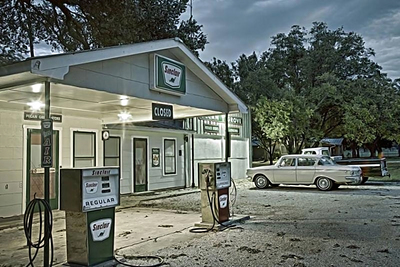 The Pecan Grove Store, which opened in the 1950s, stood empty for 25 years.