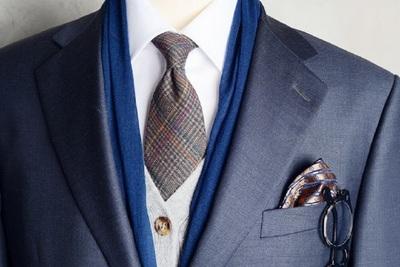 Medium suit