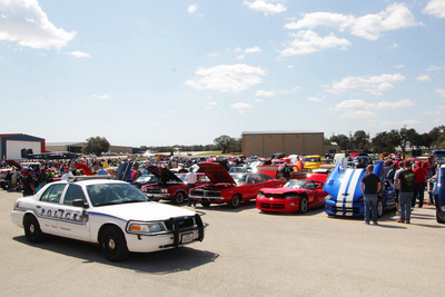 Georgetown's annual event combines classic cars with vintage planes.