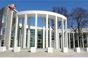 Mass fed court