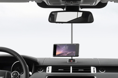 This new crowd-funded car phone holder addresses the shortfalls of many other systems.