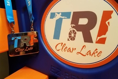 Medium tri bench medal 900x444