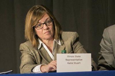 Illinois state Rep. Katie Stuart (D-Edwardsville)