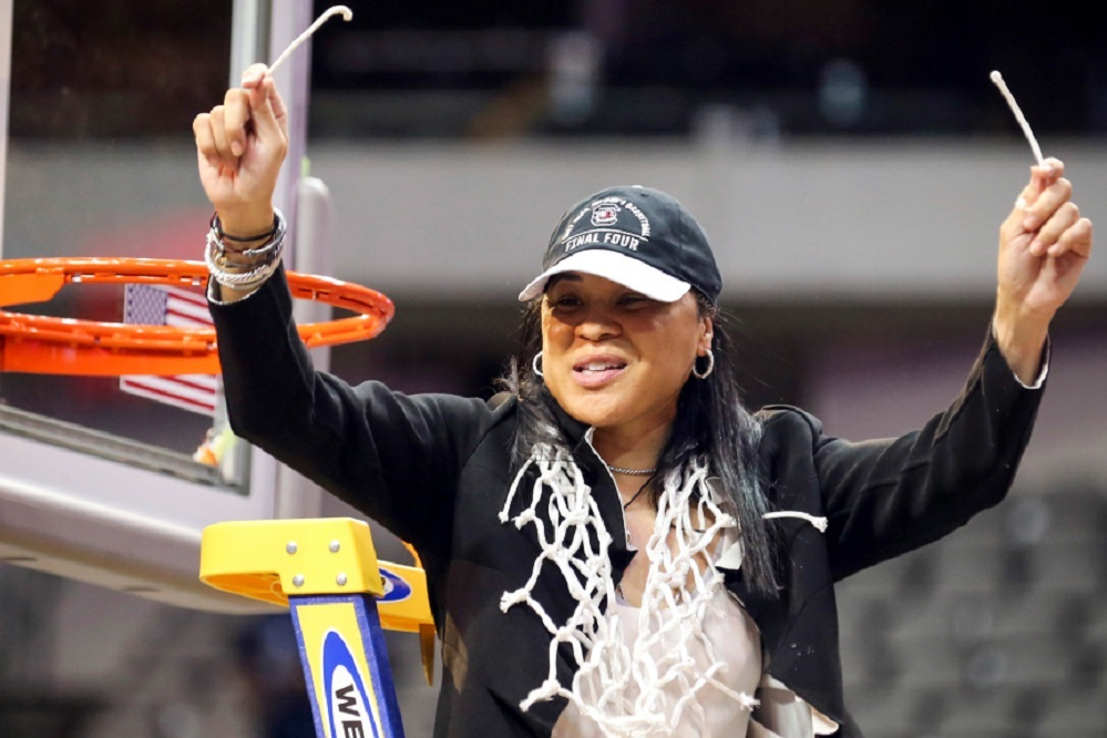 Dawn Staley led South Carolina's women's basketball team to the 2017 NCAA national championship.