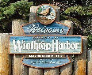 Medium winthropharbor sign wooden