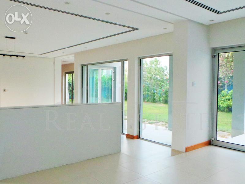A six bedroom, six bathroom villa is available in Saar.