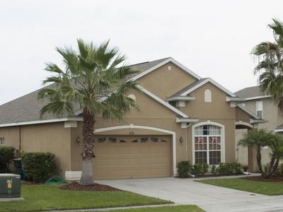 Medium florida house
