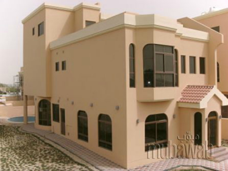Four-bedroom, four-bathroom villa available in Hamala