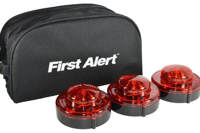 First Alert 9.1.1 LED Emergency Beacon Flares