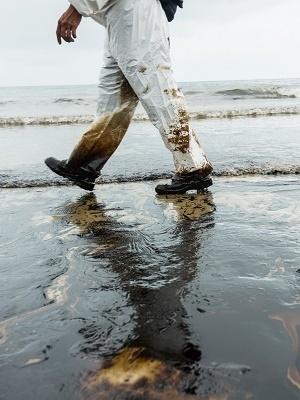 Large oilspill