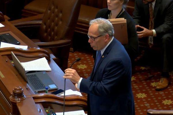 State Sen. Dave Syverson (R-Rockford)