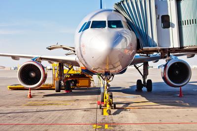 Medium airplaneairport87