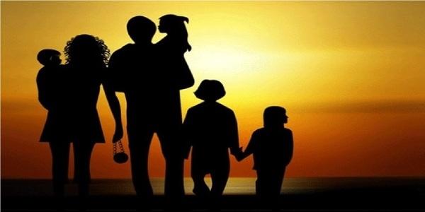 Large strugglingfamily760