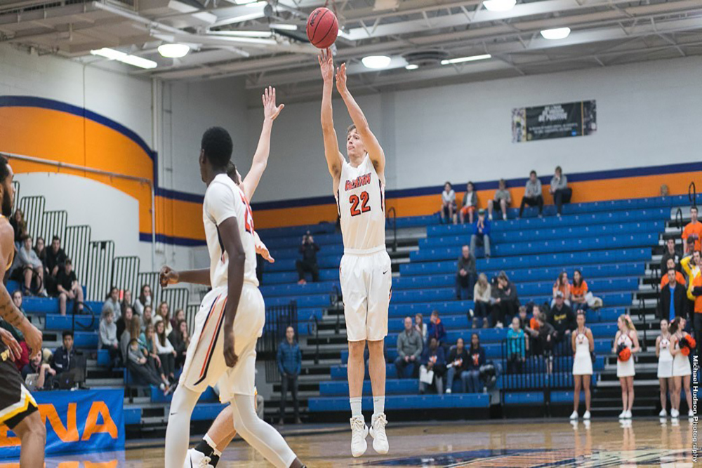 Ricky Samuelson was named the CCIW player of the week for the first week of the season.
