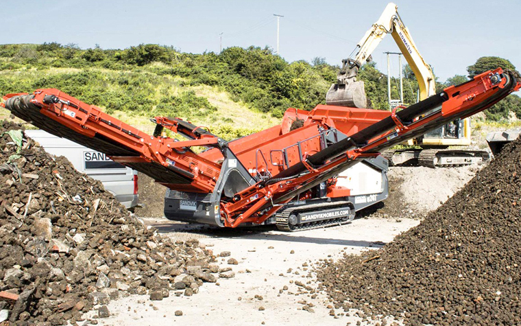 The newly launched QE241 scalper from Sandvik Construction