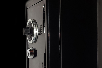 Safes come in a wide range of quality and price, so careful attention to detail is important when shopping.